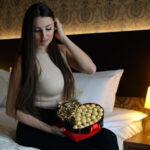Poklon za devojku sa zlatnim ružama -Dostavaljamo cveće 24/7 – Online cvećara GIftshop Beograd. Mogućnost online plaćanja