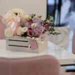Cveće u kutiji – poklondžija – online cvećara – dostava cveća Beograd 24/7