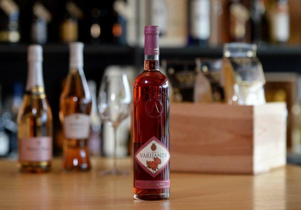 aleksandrović roze vino