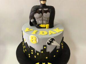 betmen torta za deciji rodjendan - torta za dečake - dostava torti beograd - poklondzija online giftshop